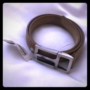 Tommy Bahamas leather belt